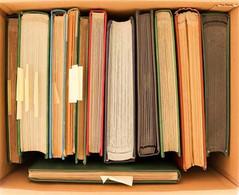 EUROPEAN COUNTRIES - STOCK BOOK SORTER 1860's - 2000's. A Medium Sized Carton Filled With A Dozen Stock Books Containing - Zonder Classificatie