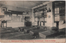 TURKEY CONSTANTINOPLE Collège Etablissement Des Frères De Saint Joseph KADI KEUI N° 17 Intérieur D'une Salle De Classe - Türkei