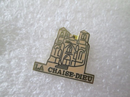 PIN'S   LA CHAISE DIEU  Email Grand Feu - Cities