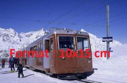 Reproduction Photographie Ancienne Du Train à Crémaillère Du Gornergrat Zermatt Arrêt De Rotenboden En Suisse - Riproduzioni