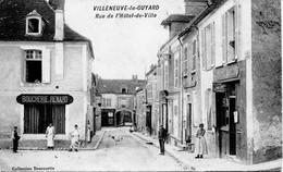 12985  -  Yonne -  VILLENEUVE La GUYARD  :  BOUCHERIE RENARD , EPICERIE MERCERIE  Rue De L'Hotel De Ville - Villeneuve-la-Guyard