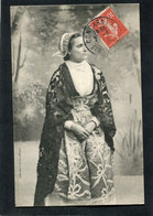 CPA - DOUARNENEZ - Femme En Costume De Deuil - Douarnenez