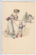 N°703  CARTE GAUFREE  SAPIN DE NOËL..FEMME . ROBE ENFANT .CHEVAL DE BOIS ENTRE 1904 ET 1908 GENRE VIENNOISE - Juegos Y Juguetes