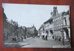 Roosendaal - Markt Met Stadhuis - Winkel - Roosendaal
