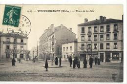 CPA VILLEURBANNE  Pace De La Cité  N° 1057 - Villeurbanne