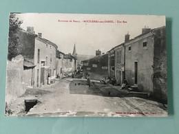 BOUXIÈRES Aux DAMES. - Une Rue - Other Municipalities