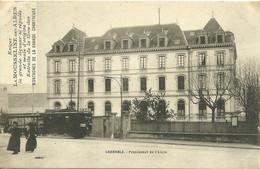 38 ISERE GRENOBLE TRAMWAY DEVANT PENSIONNAT ANIMATION PUB LIQUEUR MOUSSELINE  A VOIR - Grenoble