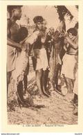 AVIT18-  ILES GILBERT  REQUINS ET THONS - Kiribati
