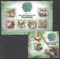 BC1268 2011 MOZAMBIQUE MOCAMBIQUE FAUNA DAS FLORESTAS ANIMALS SLOTH PREGUICA 1SH+1BL MNH - Other