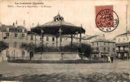 N° 3670 Z -cpa Toul -place De La République -le Kiosque- - Toul