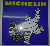 PLAQUE MICHELIN Tôle  , émaillée Neuve .... - Plaques émaillées (après 1960)