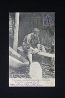 POLYNÉSIE - Carte Postale - Tahitienne Préparant Bambou Pour Châpeau - L 82211 - French Polynesia