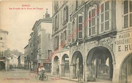 88.  EPINAL .  Les Arcades De La Place Des Vosges . CPA Animée . - Epinal