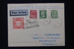 FRANCE - Env. Transportée Exceptionnellement Par Avion Paris / Plouescat En 1931 Avec Signature Du Pilote - L 82277 - Posta Aerea