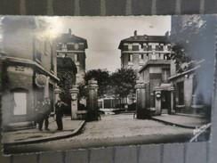 TI - 93 - BONDY - Entrée Des Habitations à Bon Marché ( H.B.M.) - Place Albert Thomas - Bondy