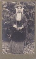 Photo C D V Finistère Lanmeur RARE Métisse, Antillaise ? En Costume Et Coiffe Bretonne Photo J B Marzin 1904 Réf 2694 - Alte (vor 1900)