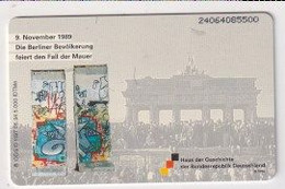 TK 30393 GERMANY - Chip O1197 06.94 5.000 DTMe Haus Der Geschichte - Berliner Mauer MINT ! - O-Series : Series Clientes Excluidos Servicio De Colección