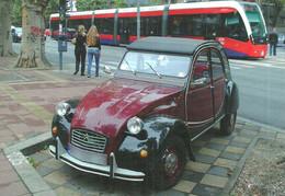 CAR CITROEN 2CV FRANCE FRENCH TRAM TRAMWAY RAIL RAILWAY RAILROAD CAF URBOS BELGRADE SERBIA SERBIAN Top Card 0874 Hungary - Turismo