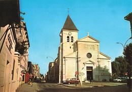 92 Gennevilliers Eglise Sainte Marie Madeleine CPM Voiture Auto Renault 4L - Gennevilliers