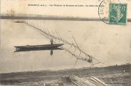 CPA Mosnes Les Pêcheurs De Saumons En Loire La Relève Des Filets - Otros Municipios