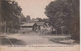 78 - CAMP DE GLATIGNY - LA RUE DE VERDUN ET LES SQUARES GIRARD ET DOUMENC - Versailles