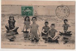 33 - Gironde - CPA écrite - Arcachon - Bains Enfantins - Arcachon