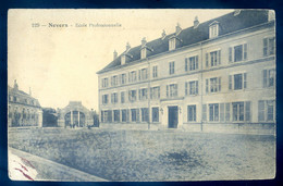 Cpa Du 58  Nevers école Professionnelle    AVR20-05 - Nevers