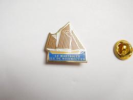 Beau Pin's , île De Noirmoutier , Bateau Voilier Le Martroger , Dundee , Vendée - Cities