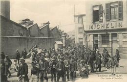 63 , CLERMONT FD , Usine MICHELIN , Sortie Des Ouvriers , * 297 02 - Clermont Ferrand