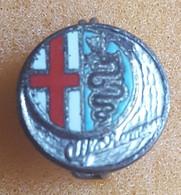 Car / Auto -  ALFA ROMEO, Enamel  Badge / Pin  -  Abzeichen - Alfa Romeo
