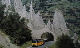 SCHWEIZ Les Pyramides D' Euseigne Val D' Hérens SUISSE Autocar Autobus Bus Car Automobilia - Buses & Coaches