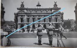 Photox4 PARIS 1940 Occupation Wehrmacht Café Brasserie Biard  Soldats Allemands L'Opera WW2 - Guerra, Militares