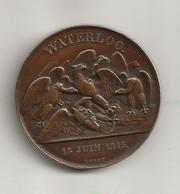 """Peu Courante Médaille """" Waterloo 18 Juin 1815 """" / Revers Napoléon Bonaparte  Graveur Rogat - Royal / Of Nobility"""