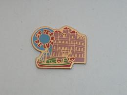Pin's PORT DE SAINT JEAN DE LUZ - Cities