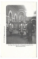 Cortège Des Géants Et Légendes Populaires. Mannenken-Pis. - Bauwerke, Gebäude