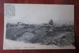 Le Creusot - Dépot De Charbon - Train, Wagons Sur La Voie Ferrée - Le Creusot