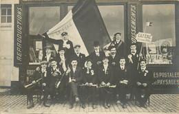 LA FERE  Conscrits Classe 1911 - CARTE PHOTO - Other Municipalities