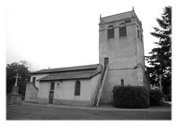 SAINT-LAURENT-LA-CONCHE - L'église - Other Municipalities