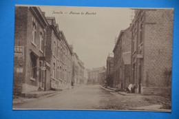 Jemelle Près De Rochefort : Avenue Du Maurlet Animée - Rochefort