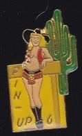 69029- Pin's. Pin-up 6.sexy.Cactus.signé Ananas. - Pin-ups