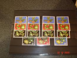 POLYNESIE FRANCAISE  ANNEE 1977   TIMBRES DE SERVICE NEUFS  N° YVERT 1 A 15   SERIE COMPLETE      FRUITS - Sammlungen (ohne Album)