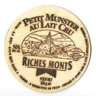 FROMAGE PETIT MUNSTER RICHES MONT ( UN VILLAGE ) ETIQUETTE BOIS IDEVAL METZ MOSELLE, VOIR LE SCANNER - Quesos