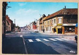 X59153 ANNOEULLIN Nord Tabac-Confiserie LE CHIQUITO Dans La Grand'Rue PEUGEOT 204 Breack 1965s COMBIER - Andere Gemeenten