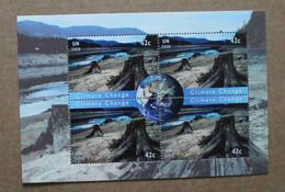 Y2 2008 : Nations Unies (N-Y) : Changement De Climat - Troncs D'arbres Morts Après Un Incendie Et Globe Terrestre - Ongebruikt