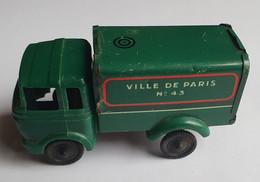 SESAME - Camion Ville De Paris Service De Nettoiement - Pubblicitari
