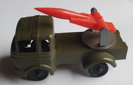 SESAME - Camion Militaire Lance-fusée - Vêtements Malaury Tarbes - Pubblicitari