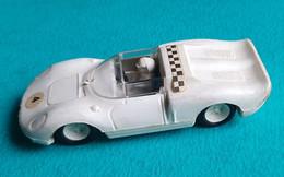 FERRARI 330 P2 - LEVER - Plastique Rigide - Made In France - Années 1960 - Advertising - All Brands