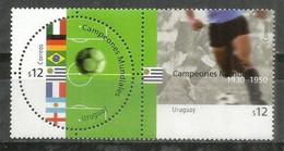 Uruguay.Coupe Du Monde Football 2002, émission Commune Avec Allemagne,Brésil,Argentine,France,Italie. 2 Timbres Neufs ** - 2002 – Corea Del Sud / Giappone