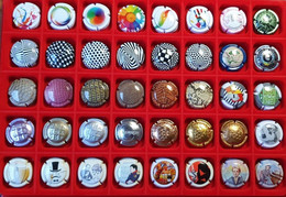 Lot De 40 CAPSULES Ou PLAQUES DE MUSELETS De CHAMPAGNE - Valeur Environ 30€ - Lot 14 - Collections