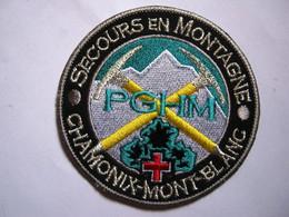 ECUSSON GENDARMERIE NATIONALE PGHM DE CHAMONIX MONT BLANC SECOURS EN MONTAGNE ETAT EXCELLENT - Policia